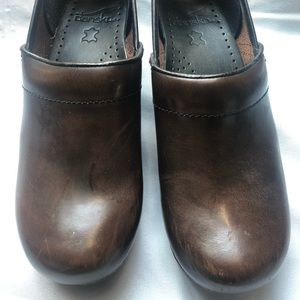 Dansko brown leather clogs size 38